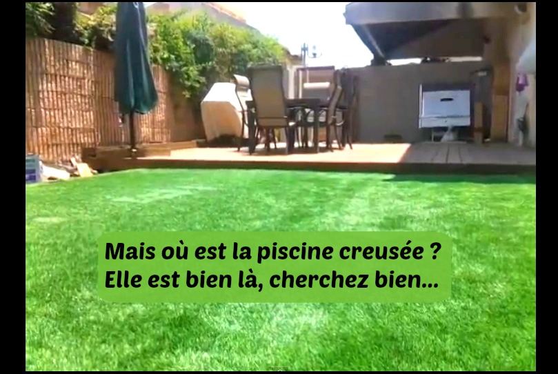 Making of de la plus tonnante piscine cach e invisible l oeil mais bien l for Piscine creusee pas cher