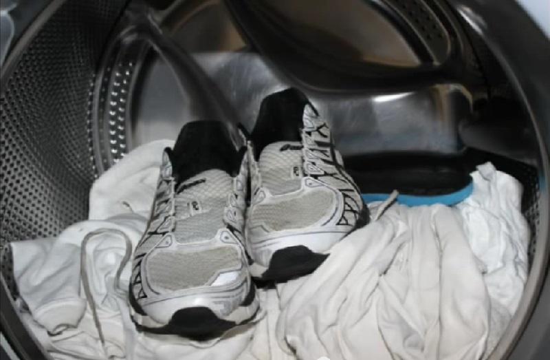 chaussure de sport adidas machine à laver
