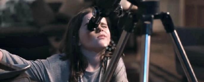 regarder lune telescope enfant noel