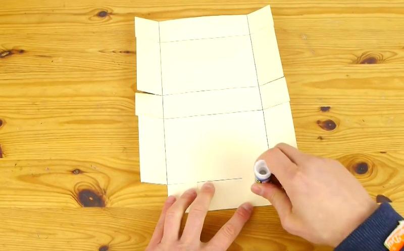 bote cadeau fabriquer cool fabriquer boite carton pliage lgant unique graphie de boite cadeau. Black Bedroom Furniture Sets. Home Design Ideas