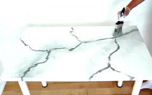 bricolage table blanche marbre peinture
