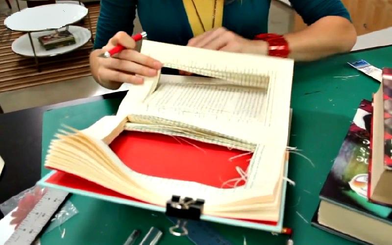 recyclage vieux livres finest recycler les vieux livres sur with recyclage vieux livres. Black Bedroom Furniture Sets. Home Design Ideas