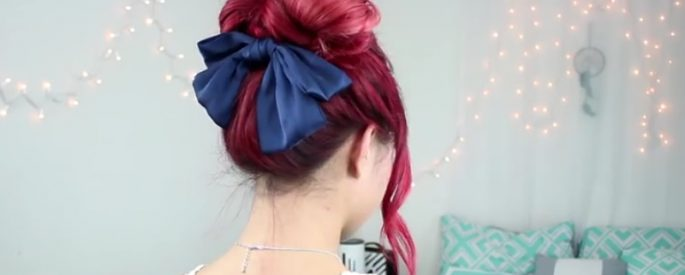 coiffure haute facile boucle