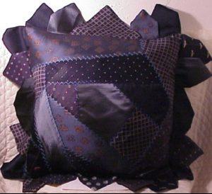bricolage cravate coussin