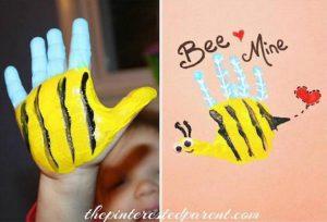 peindre aves les mains abeille