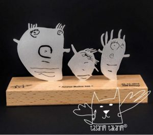 fabriquer bijou dessin enfant statuette