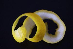 astuce chasser araignee citron