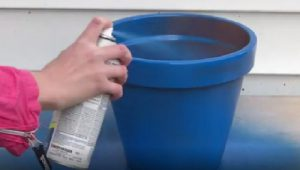 astuce peinture pot terre cuite