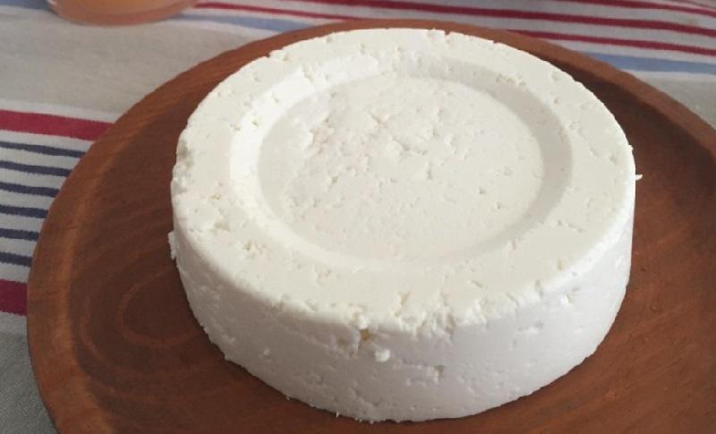 Voici comment faire du fromage la maison et avec seulement 3 ingr dients - Comment faire du fromage blanc ...