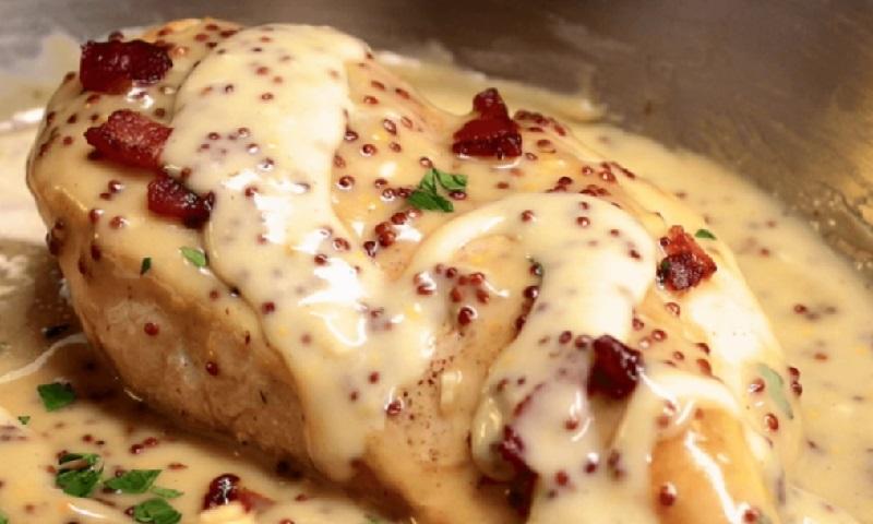 Voici une sublime recette de blancs de poulet avec une - Comment cuisiner des blancs de poulet ...