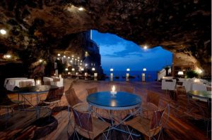 restaurant grotte italie magique