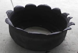 idee jardiniere jardin vieux pneus 3