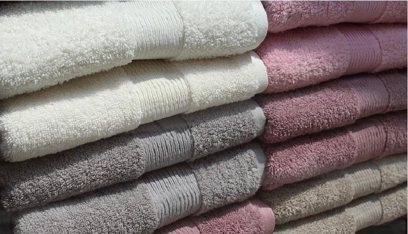 voici une astuce efficace pour que vos serviettes de bain redeviennent comme neuves. Black Bedroom Furniture Sets. Home Design Ideas