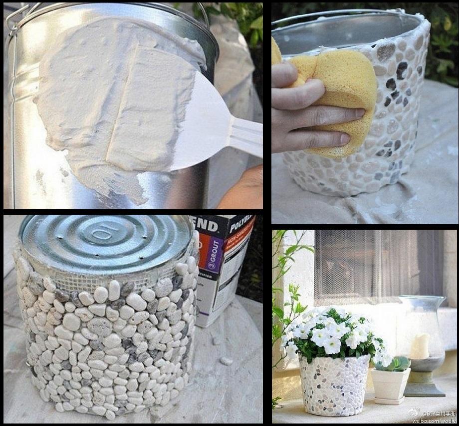 Elle colle des pierres plates sur sa d co pour la for Deco jardin pierre blanche