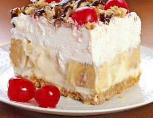 banana split gateau tranche