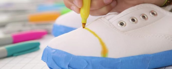 bricolage chaussure blanche